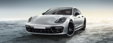 The new Panamera Turbo S E-Hybrid .jpg